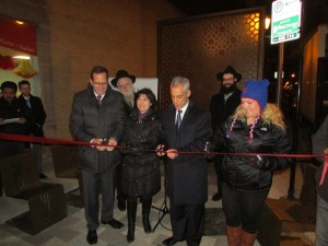 Devon Avenue Streetscape Ribbon Cutting